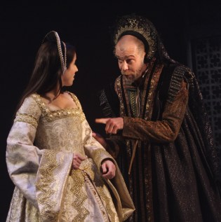 Henry VIII at Folger Theatre (2010), Photo: Carol Pratt