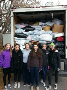 """Pictured: 2016 student volunteers, from L-R, Maeve Kelly, Nhi Dang, Lauren Heller, Louisa Migliozzi, Rachel Antinucci and Ella Goodwin."""""""