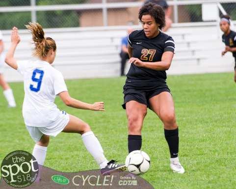 col-shaker soccer-3249