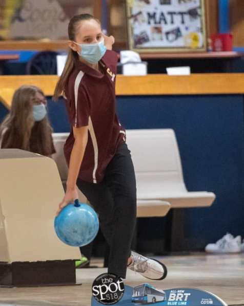 col bowling -4393