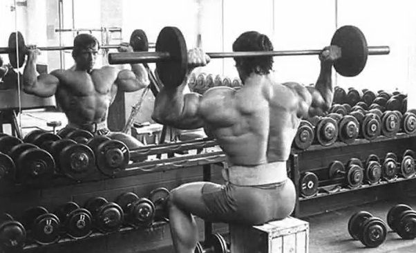 Arnold's 5 Favorite Exercises To Craft The Perfect Physique