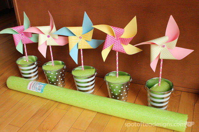 Centerpiece Pool Noodle Hack: Cut up a pool noodle instead of buying expensive floral foam   spotofteadesigns.com