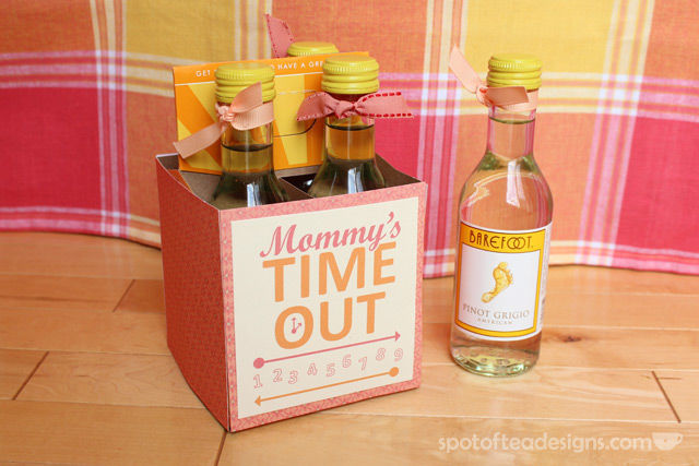 """""""Mommy's Time Out"""" Wine Gift with FREE #Printable 