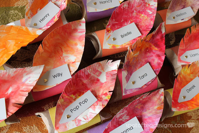 #Thanksgiving Placecard Pillow Boxes made with recycled paper tubes and toddler fingerpaint excerise | spotofteadesigns.com