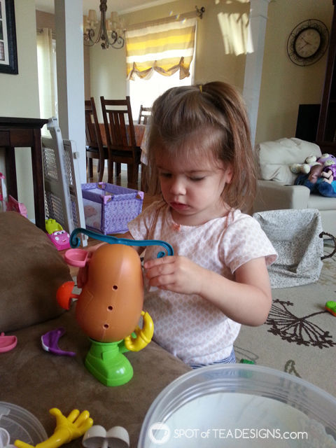 2015 holiday gift guide suggestion for toddlers: mr potato head | spotofteadesigns.com