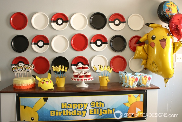 Pokemon Birthday Party Paper Plate Backdrop Tutorial | spotofteadesigns.com
