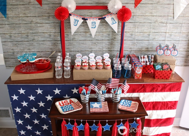 Vintage patriotic party printables - cupcake toppers, USA banner, invitation and sparklers tags | spotofteadesigns.com