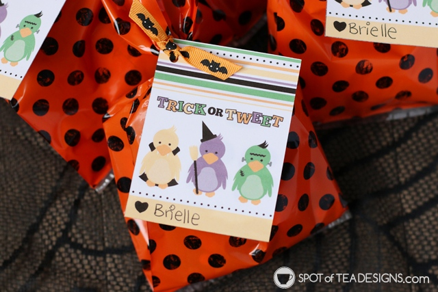 Trick or Tweet Halloween Favor Tag available for instant download | spotofteadesigns.com