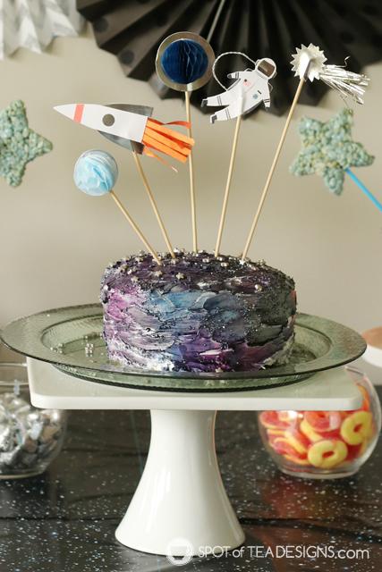 10+ ways to upgrade a grocery store cake | spotofteadesigns.com