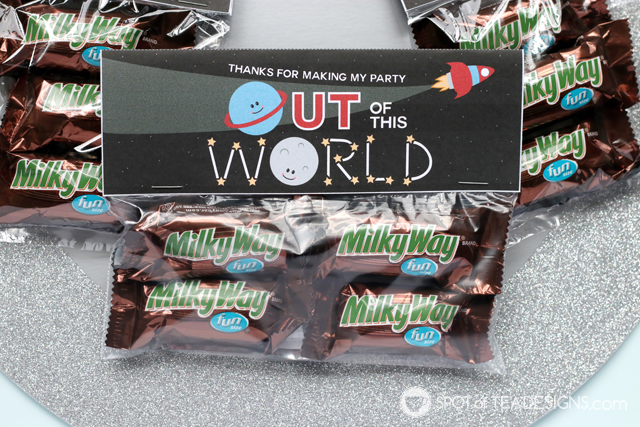 Outer Space Party Favor Ideas including printable bag toppers   spotofteadesigns.com
