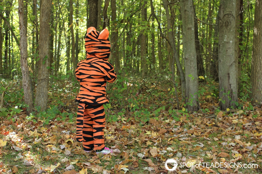 DIY Tiger Halloween Costumes for Kids made with a hoodie and a onesie | spotofteadesigns.com