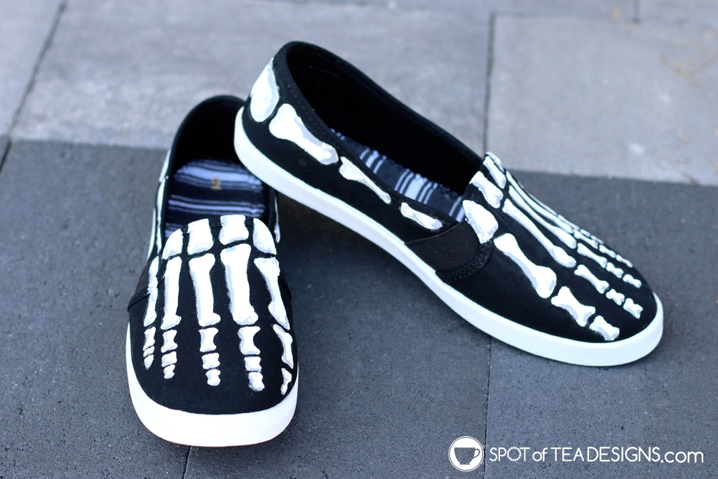 DIY Shoes Roundup - Skeleton shoes | spotofteadesigns.com