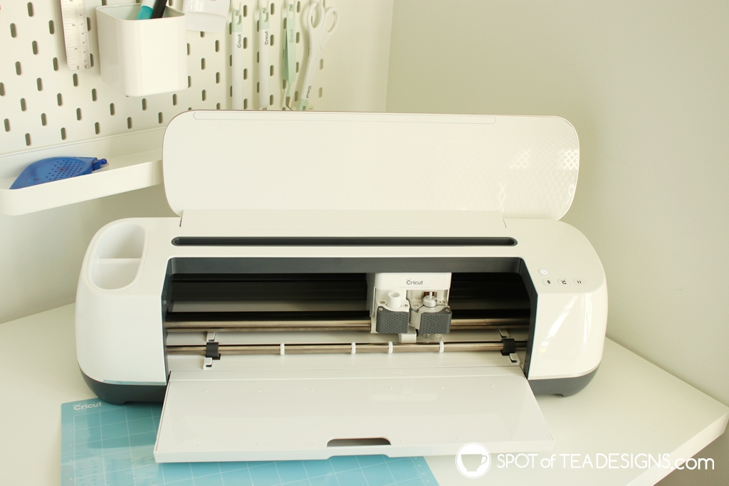 Cricut Maker - the ultimate cutting machine for the creative crafter! | spotofteadesigns.com