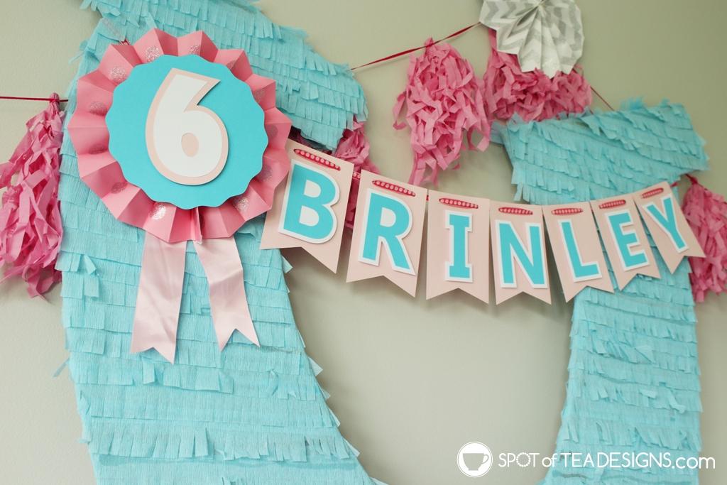 Spirit Party | DIY Horseshoe Party Backdrop | spotofteadesigns.com