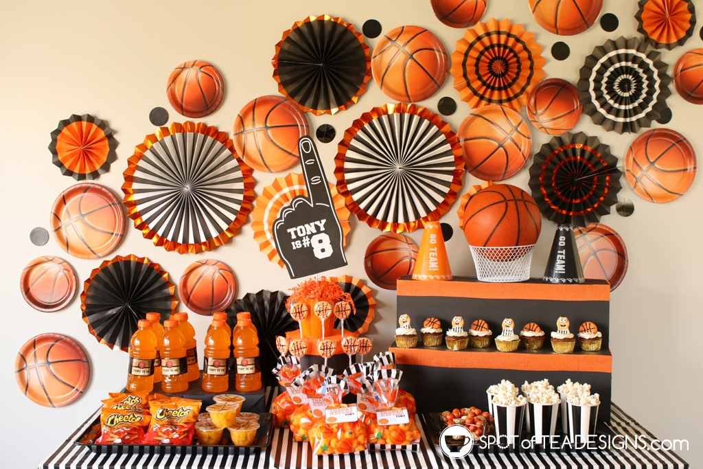 Basketball party hacks - used Halloween decor as basketball party decor | spotofteadesigns.com