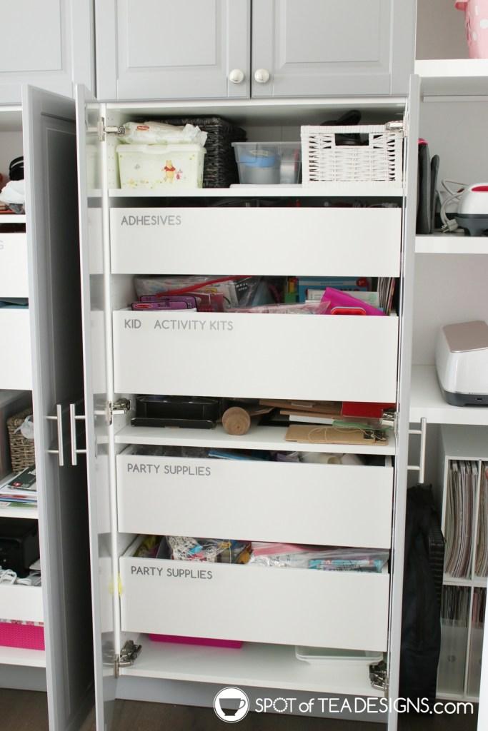 Craft Room Tour - vinyl labels on drawers | spotofteadesigns.com