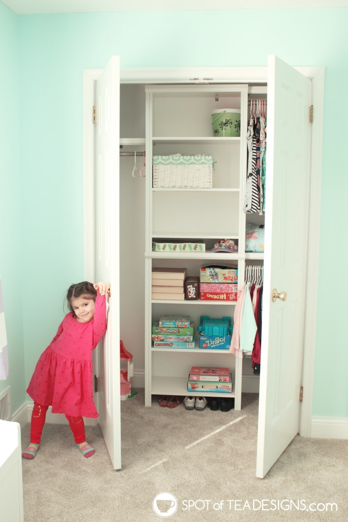 Home Tour - closet organization system | spotofteadesigns.com
