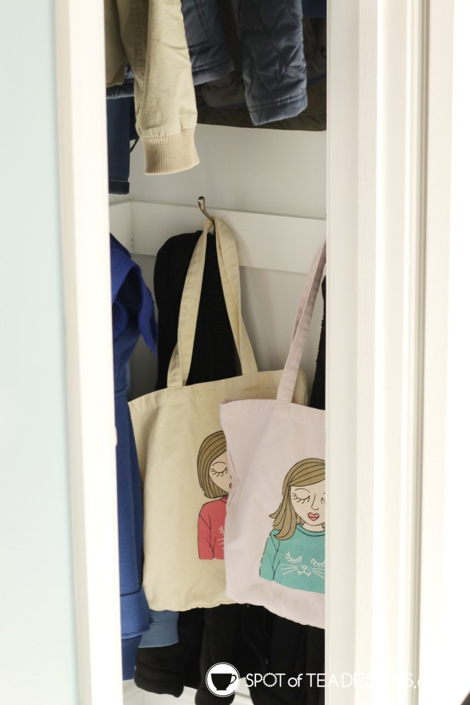 Home tour | Hallway Closet to Mini Mudroom Makeover - make this space more accessible for kids! | spotofteadesigns.com