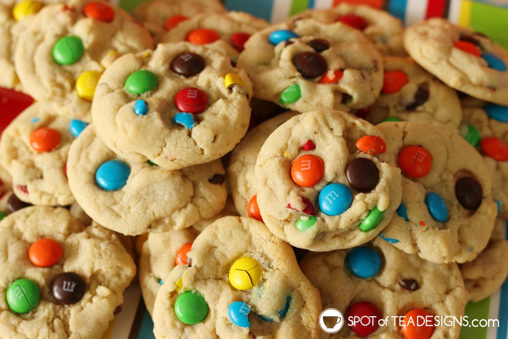 Rainbow Birthday Party - M&M Cookies | spotofteadesigns.com