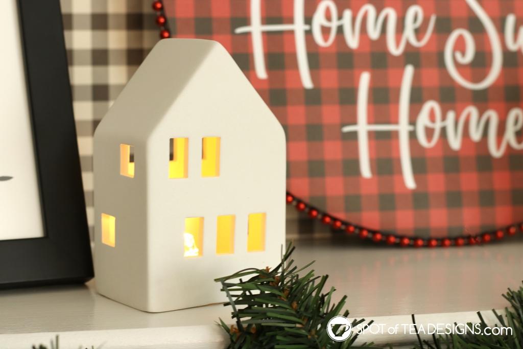 DIY Plaid Christmas Mantle | spotofteadesigns.com