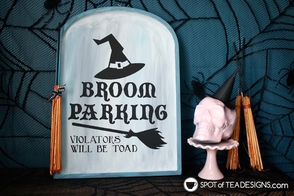 Broom Parking Halloween Sign | spotofteadesigns.com