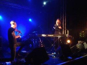 Broken Twin on stage in Paris