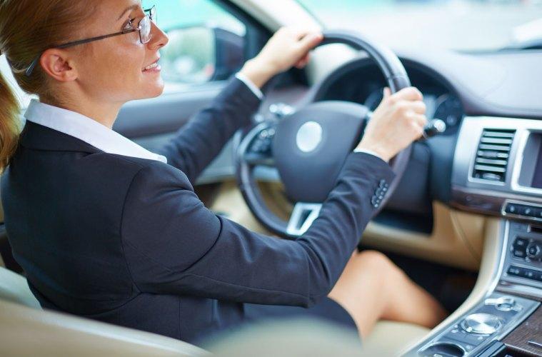 car-driver-lady