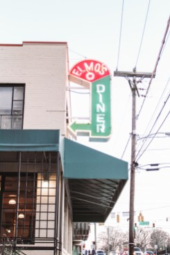 Family Travel Guide: Durham, NC - Elmo's Diner - www.spousesproutsme.com