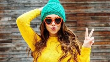 Как уговорить подростка носить шапку зимой?
