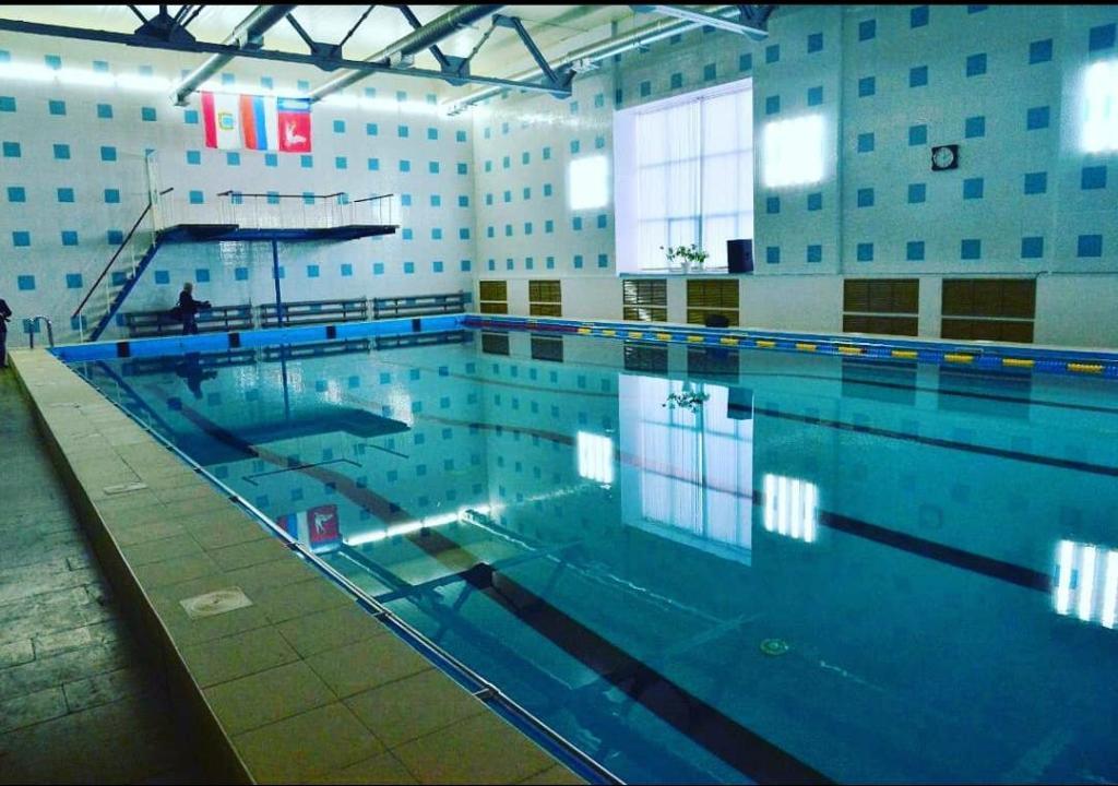 бассейн в паловке - режим работы и номер телефона бассейна в марксе