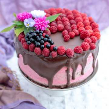 tort czekoladowo-malinowy
