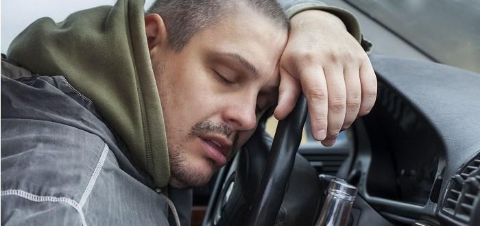 Wypadek spowodowany przez pijanego kierowcę