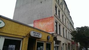 Graffitiauftrag inmir Yoga Hamburg Altona von strasse