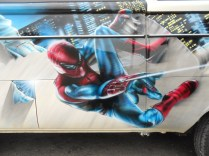 détail spiderman combi 1