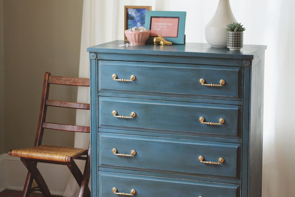Use Chalk Paint with a Finish Max