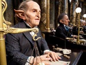 Za razliku od bezjačkog svijeta, bankari u čarobnjačkom svijetu ružni su i izvana.