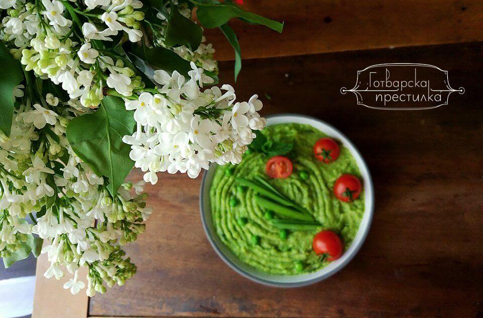 Свежо грахово пюре с аромат на пролет