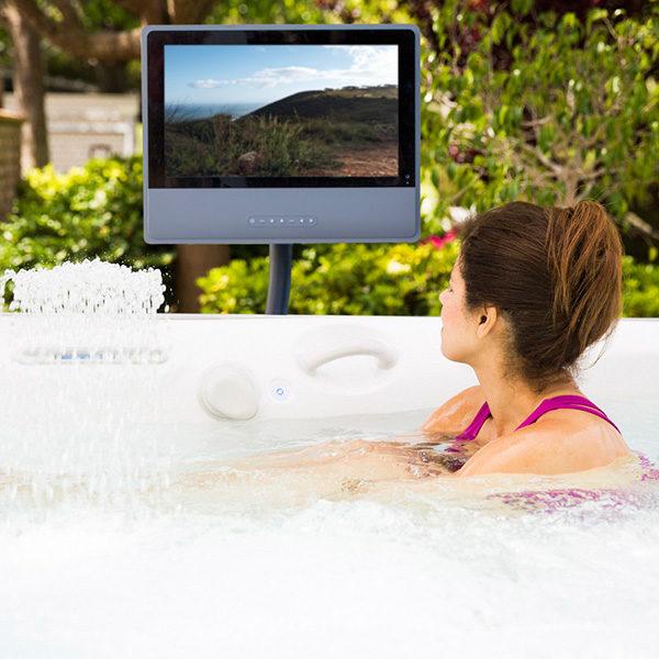 600x600-CalderaSpas-Monitor.jpg