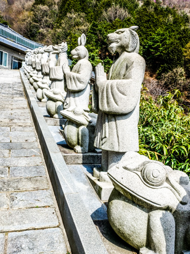 Statues at the stairway