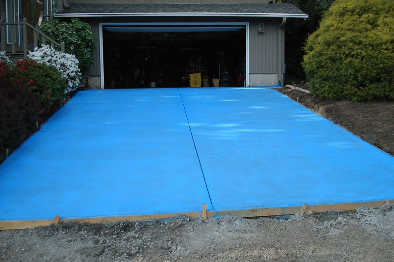 Residential Concrete Driveway  Replace Old Driveway with