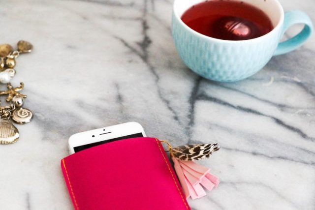 DIY leather iphone case (29 of 61)