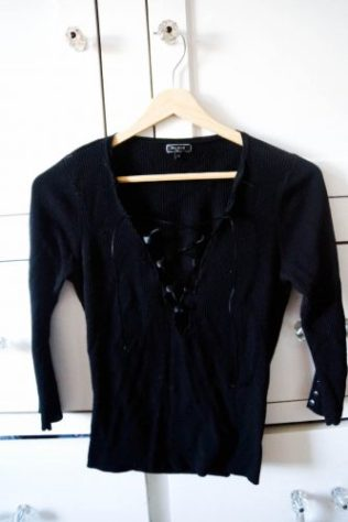 DIY lace-up top (14 of 14)