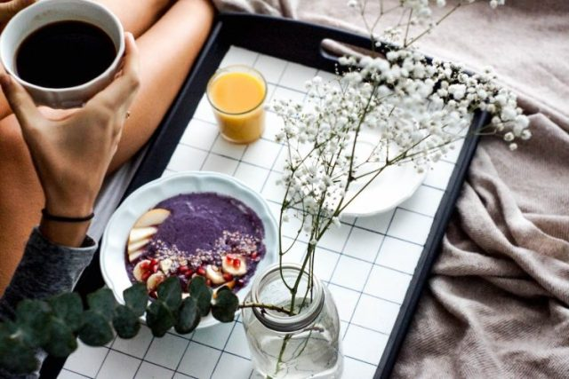 DIY grid tray for breakfast in bed
