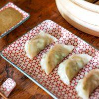 Dumplings/Gyoza avec sauce dragon (UN DÉÉÉLICEEEE & vegan en plus!)