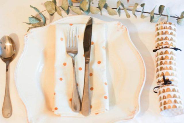Diy serviettes de table à pois + idée emballage cadeau recup!