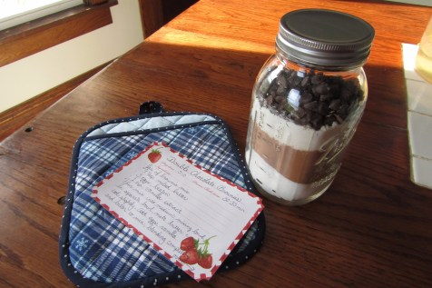 Part of my project included a recipe you could tuck into the potholder to complete your gift.