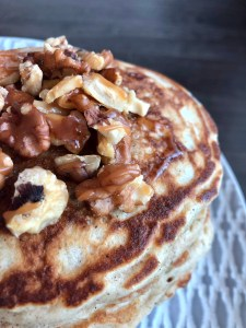 caramel walnut pancakes