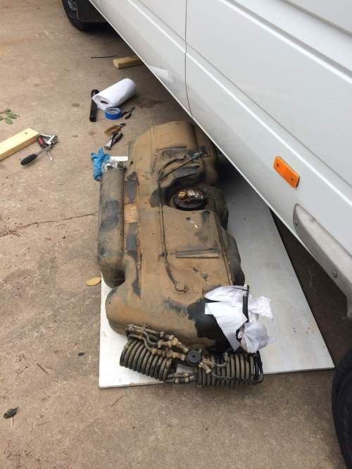small resolution of fuel tank removal t1n sprinter