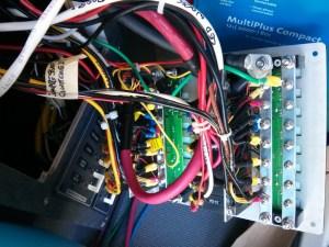 DC distribution panel wiring