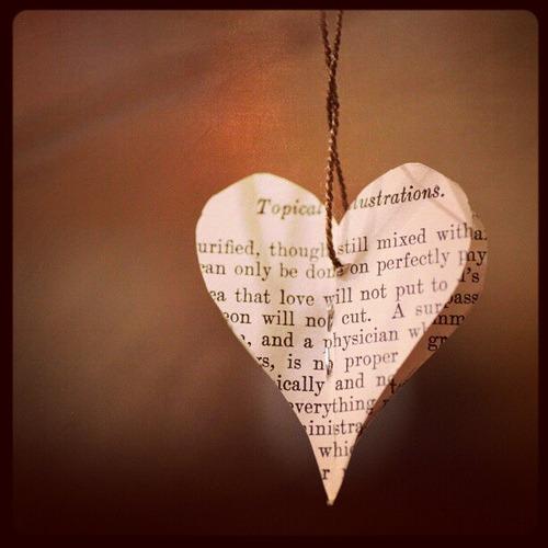 Book heart mini Valentine's ornaments... tutorial coming...